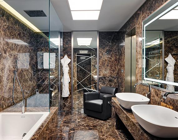 Gessi – Gessi arreda i bagni di lusso del rinato Excelsior Hotel ...